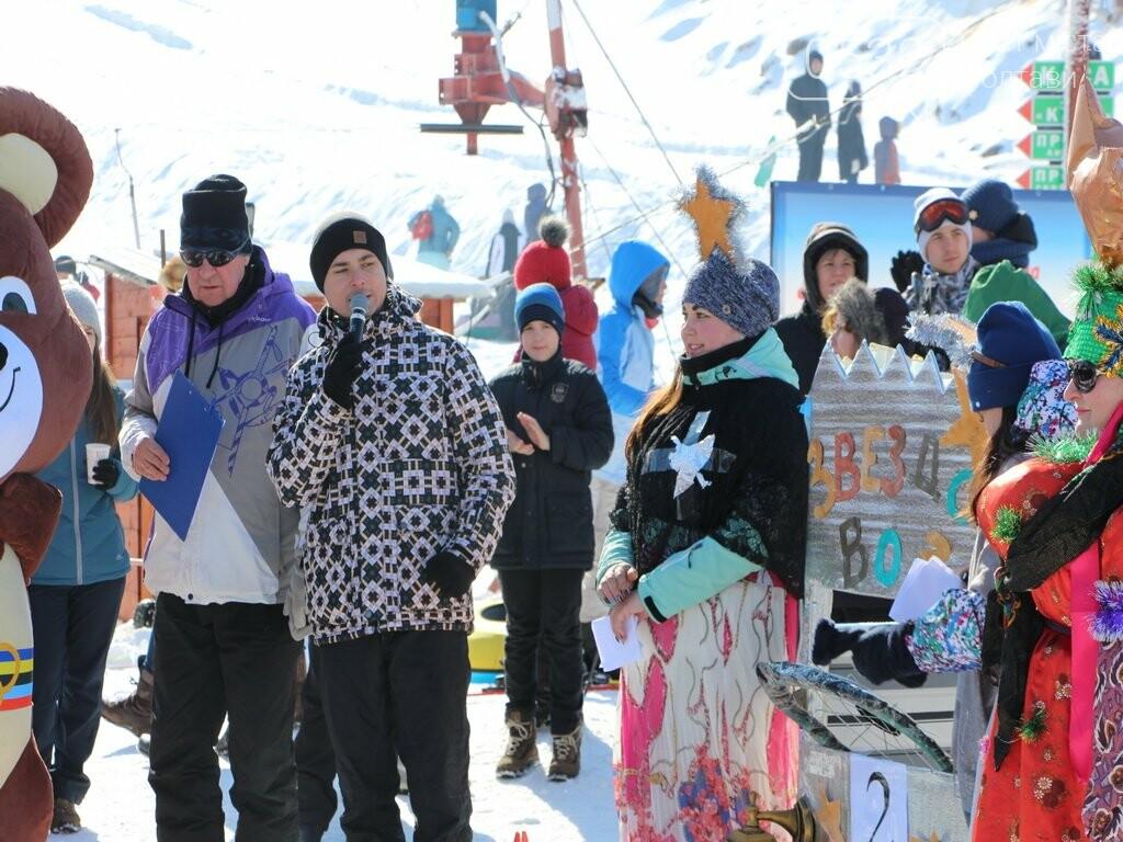 Вчитель на санчатах, снігова людина та боги Олімпу: в Сорочиному Яру триває «Sanki Fest» , фото-2