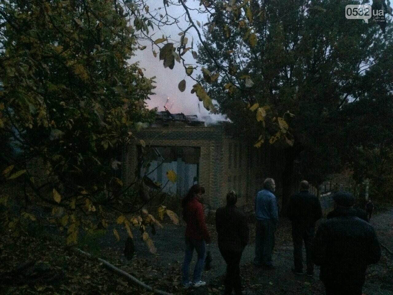 У Полтаві горів будинок на Тобілевича: гасили двадцять пожежників, фото-2