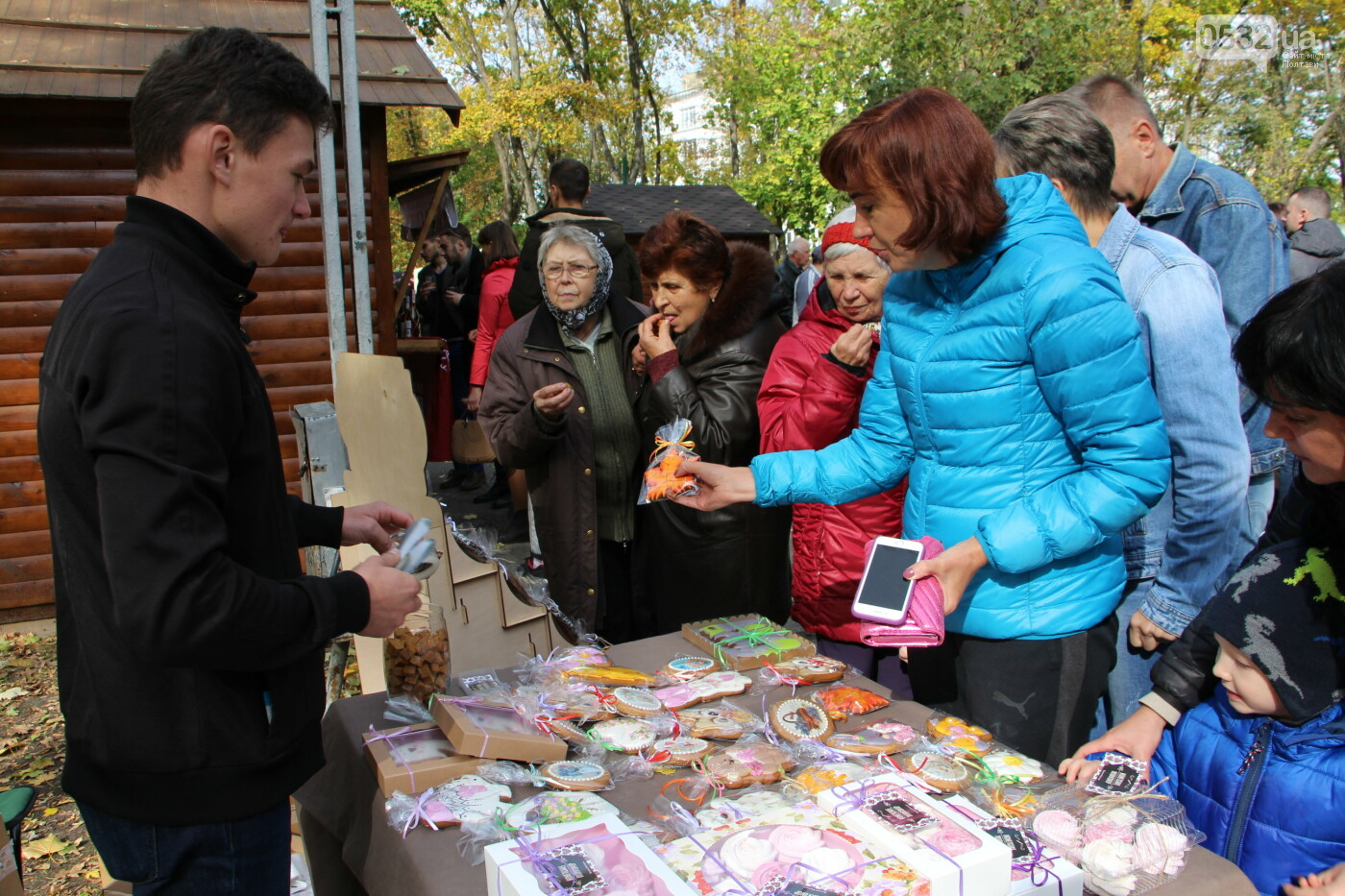 У Полтаві сотні людей прийшли на фестиваль сиру та вина (ФОТО), фото-6