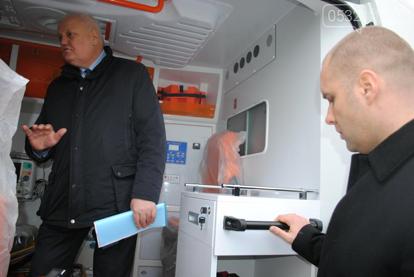 До Полтавського автопарку екстреної медичної допомоги надійшло 103 нових автомобіля, фото-7