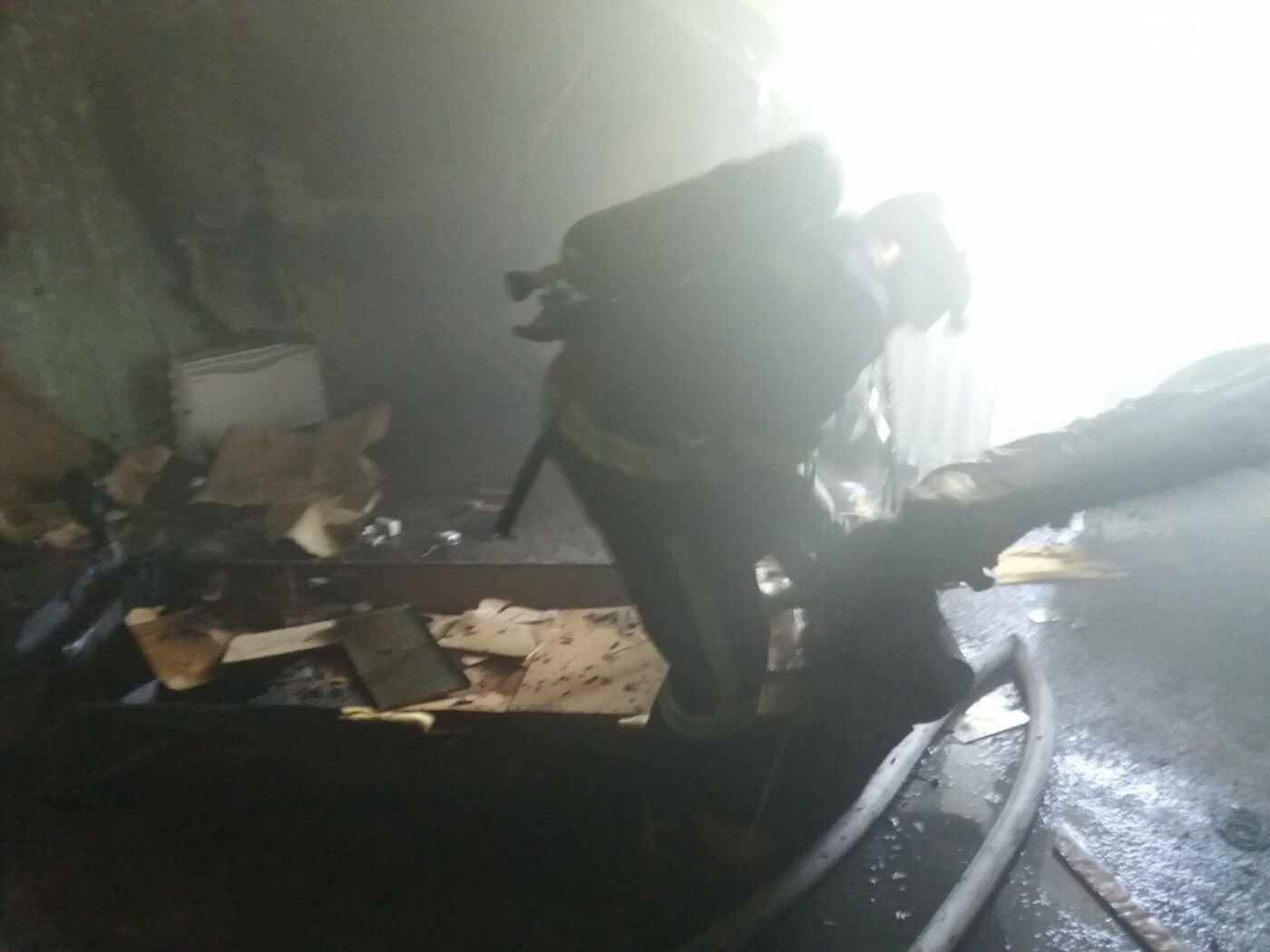 У Полтаві рятувальники загасили пожежу у квартирі з п'ятиповерхівки, фото-2