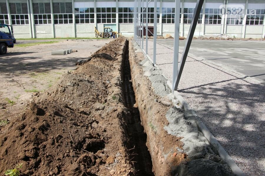 На ігровому майданчику ДЮСШ ім. І.Горпинка покращують благоустрій та змінюють покриття, фото-10