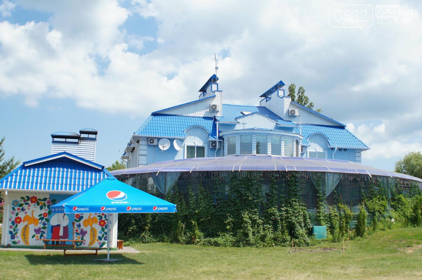 Шедеври кухні, райська природа, контактний зоопарк – вас чекає «Vivat Провінція», фото-1