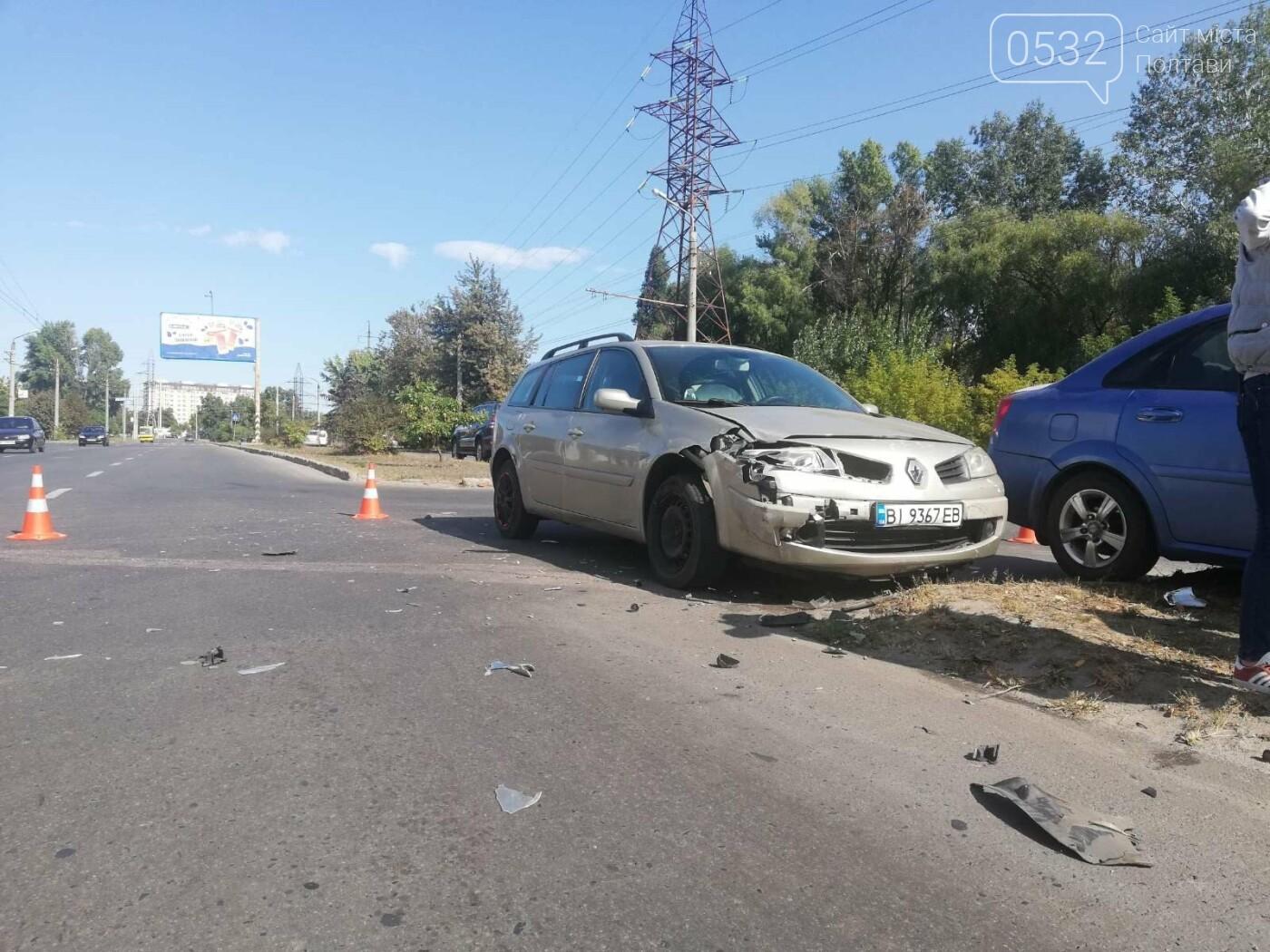 У Полтаві зіткнулися три автівки, фото-5