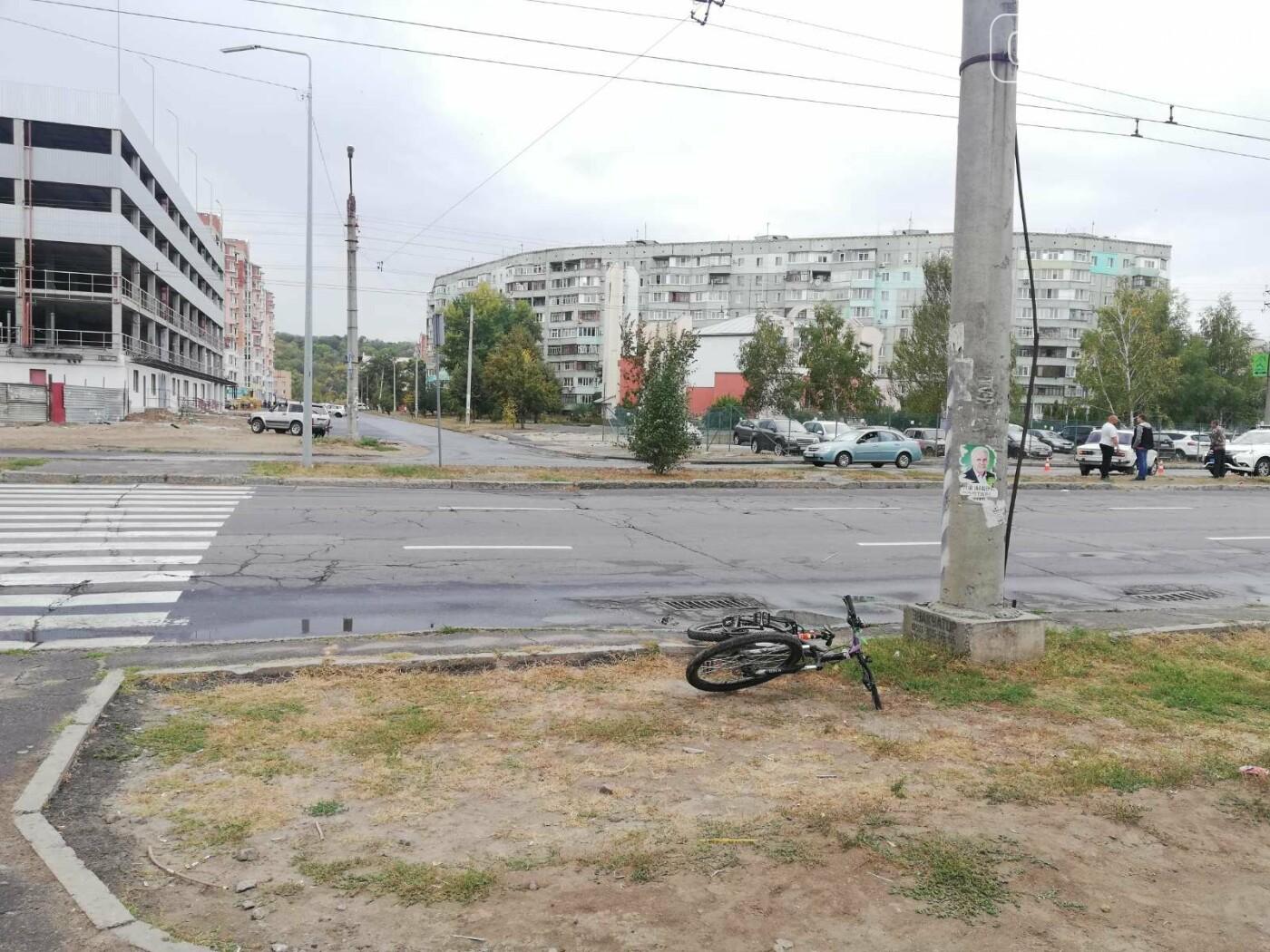 У Полтаві ВАЗ збив дівчину із велосипедом на пішохідному переході (ФОТО), фото-5