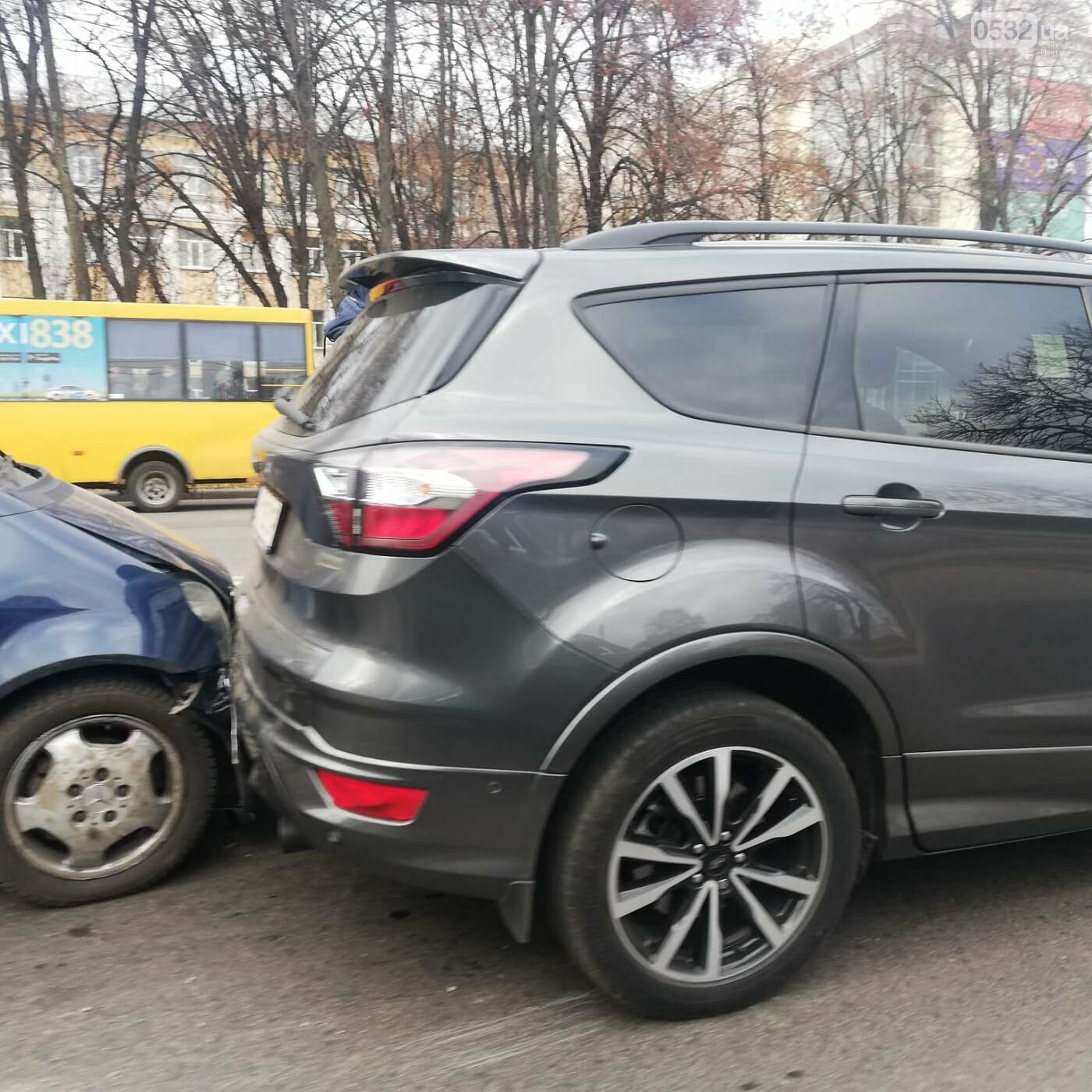 На вулиці Європейській сталося ДТП за участю трьох автівок, фото-1