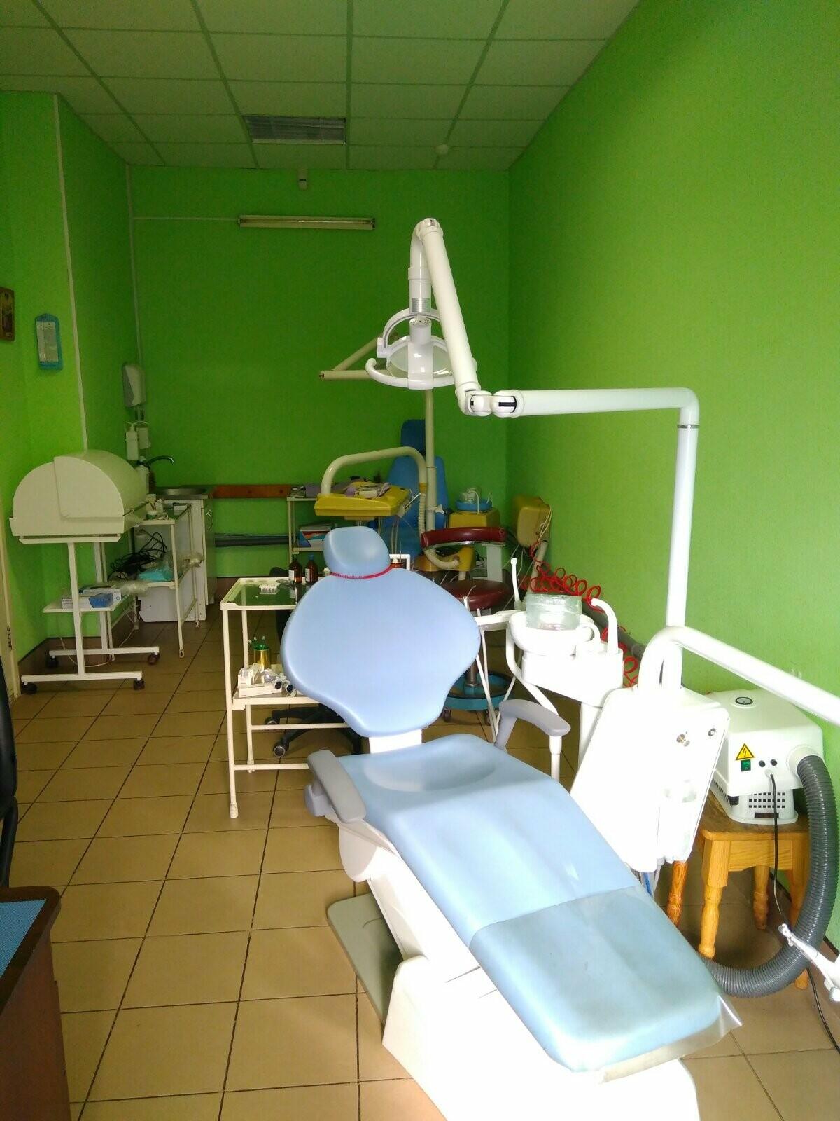 В нашій стоматології Ви можете отримати весь спектр стоматологічних послуг за помірними цінами, фото-1
